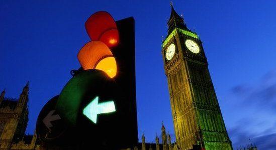 Automobili i semafori - komunikacija u prometu
