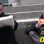 Pitali strance na ulici za komadić pice